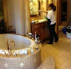 Residential Home Cleaning Professional Bathroom Cleaning Services - Home bathroom cleaning service