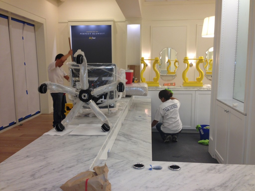 Bar Cleaning Service : Dry bar post construction cleaning service in houston tx