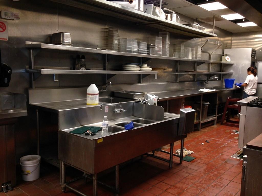Kitchen Construction Service : Restaurant kitchen rough post construction cleaning