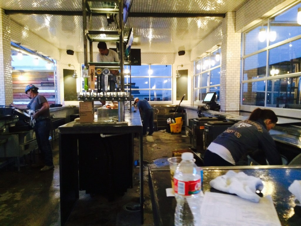 Bar Cleaning Service : Restaurant bar post construction cleaning at lower