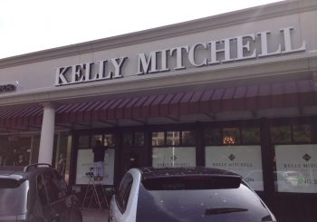 Post Construction Cleaning Service at Kelly Mitchell Jewelry Store in Highland Park Texas 05 2c1940f75d826f5f8b74168a3f155e06 350x245 100 crop Post Construction Clean Up Service at Jewelry Store in Highland Park, TX