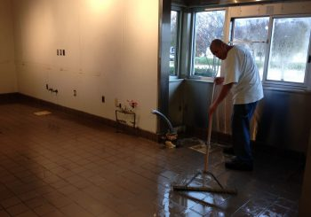 Restaurant Floor Sealing Waxing and Deep Cleaning in Frisco TX 13 583d8842de792caad9ab3cd95b86dfa3 350x245 100 crop Restaurant Floor Sealing, Waxing and Deep Cleaning in Frisco, TX