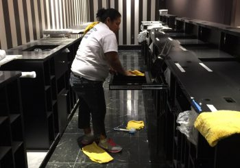 Victoria Secret at Gallery Mall Rough Post Construction Cleaning 006 5288de80779132035b5ef7cdb3e4a34c 350x245 100 crop Victoria Secret at Gallery Mall Rough Post Construction Cleaning
