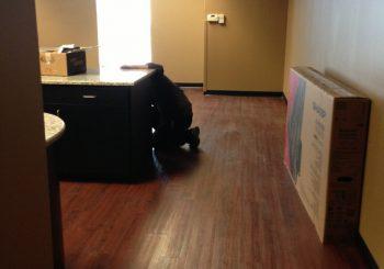 Waxing and Polishing Floors in Irving Texas 04 d7502dd8d74a88fcfdb1cef2a247eba2 350x245 100 crop Waxing Floors in Irving, TX