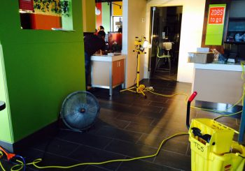 Zoes Kitchen in Houston TX Final Post Construction Cleaning 20 95f7ec259ba572e9a5d9809339c3e8bb 350x245 100 crop TJ Seafood Uptown Restaurant Kitchen Deep Cleaning Service in Dallas, TX